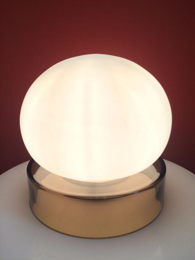 Joli, lampe verre, lampe vintage, opaline, lampe boule, lampe 70's