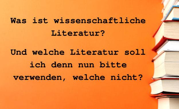 Bücherstapel bezeichnet: Was ist wissenschaftliche Literatur? Und welche Literatur soll ich denn nun bitte verwenden, welche nicht?
