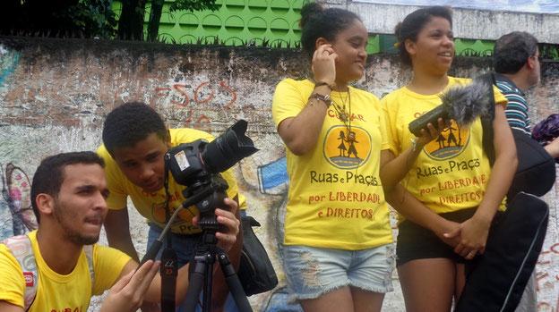 streetworker, streetfood, food truck, kinderhilfe, jugendgesetz, grupo ruas e praças, strassenkinder, freizeitgestaltung, favelas, kochlehre, beten, brasilien,