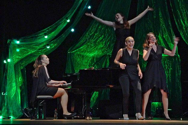 Musica Bayreuth 2021:  Salut Salon im Konzert im Markgräflichen Opernhaus Bayreuth  Foto: Harbach