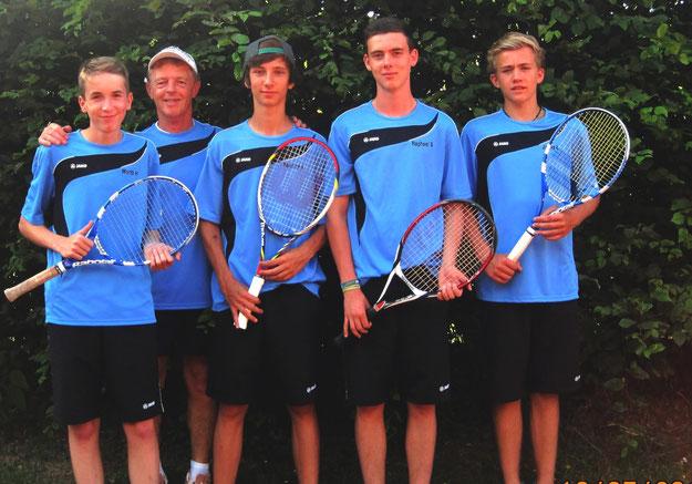 Jonas, Marcus, Yannick, Raphael, Moritz, Michael und Nicolas, Trainer Wolfgang Grün
