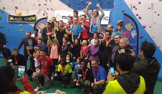 Photo : Championnat de France Escalade Sport Adapté - les médaillés de l'édition 2018 réunis sur le podium