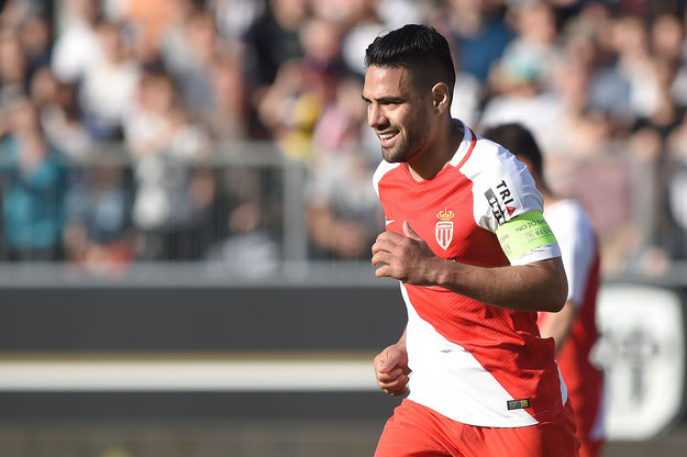 Falcao, un capitaine souriant et heureux, car buteur et vainqueur, ce samedi après-midi, sous le soleil d'Angers