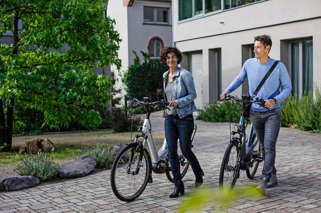 e-Bike Antriebe: Mittelmotor oder Hinterradantrieb?