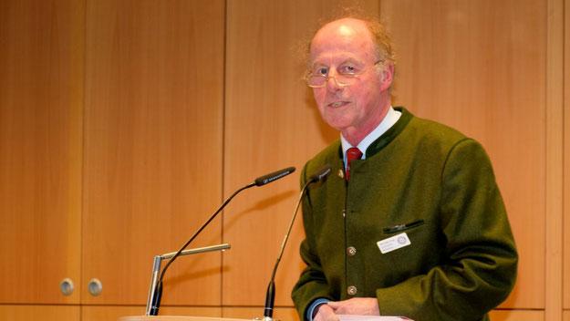 Rolf-Peter Dröge, Präsident des Rotary-Clubs Quickborn, konnte rund 120 Gäste begrüßen.