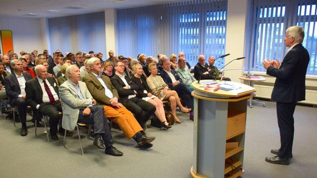 Der Vortragssaal der HanseWerk AG war bis auf den letzten Platz besetzt.