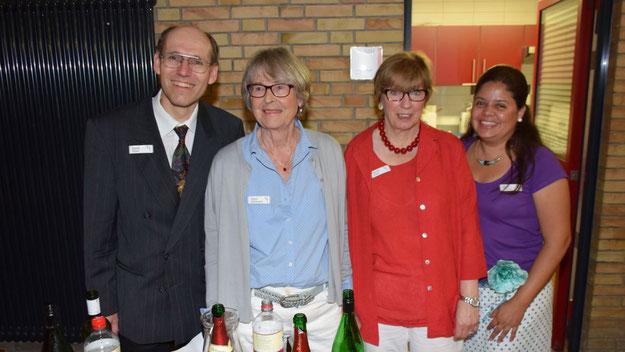 Das Tresen-Team der Freunde der Kammermusik sorgte für eine vorzügliche Betreuung der Gäste.