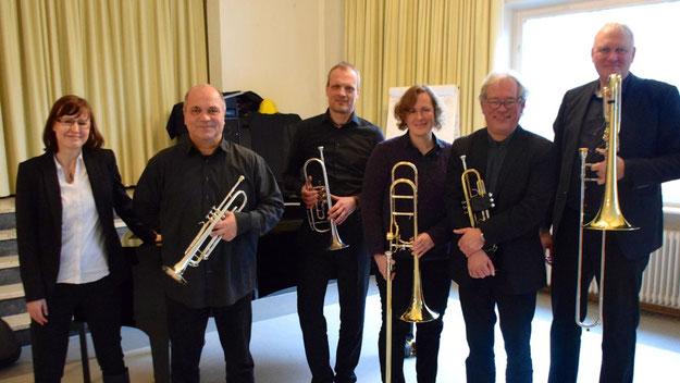 Erfreuten das Publikum: Anna Milewska, Ralf Lentschat, Stefan Unbehaun, Anna Cordes, Lorenz Jensen und Jörg Schmidt-Hohensee