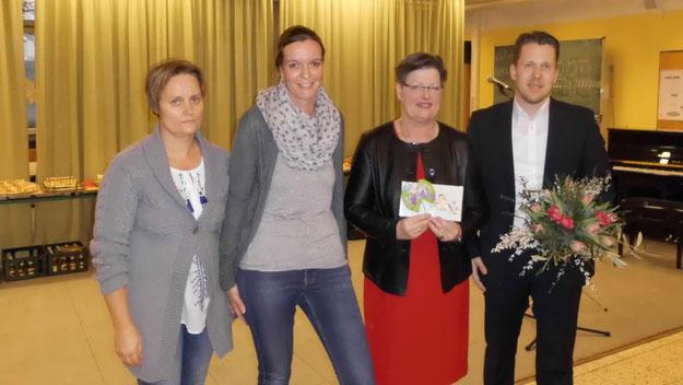 Der Schulelternbeirat bedankte sich für die gute Zusammenarbeit.