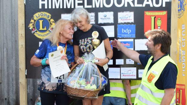 Die Siegerinnen der 4,1-km-Walking-Runde: Doris Lewerenz, Wiebke Nahrwold und Astrid Sommer