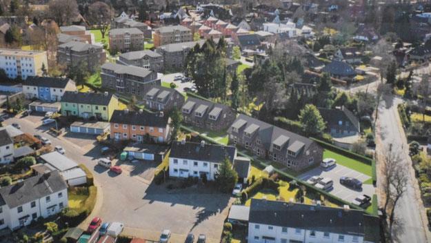 Ein 3-D-Simulation des neuen Baugebietes mit den Mehrfamilienhäusern im Hintergund. Kritisiert wurde, dass der Schattenwurf der Neubauten nicht so realistisch dargstellt wird, wie es bei den vorhandenen Bauten im Vordergrund erkennbar ist.