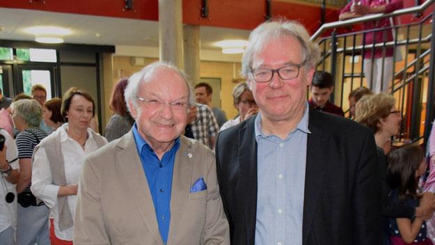 Zu Gratulanten zählte auch Johannes Schneider, Vorsitzender des Kultur-Vereins