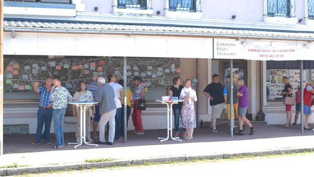 Gut besucht war der Info-Stand direkt an der Kieler Straße