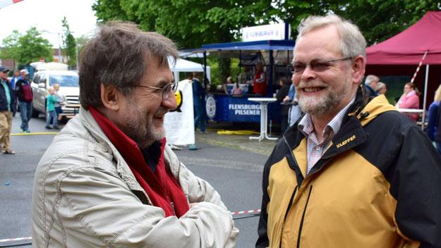 Und auch Bürgervorsteher Henning Meyn nutzte die Gelegenheit zu Gesprächen.