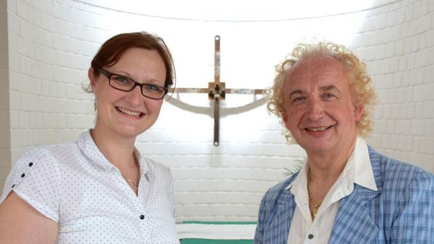 Pastorin Solveig Nebl freute sich über den Auftritt des Sängers Christian Andersen.