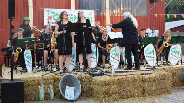 Trotz des ungewöhnlichen  Auftrittsortes begeisterten die Greenhorns mit einem differenzierten Sound