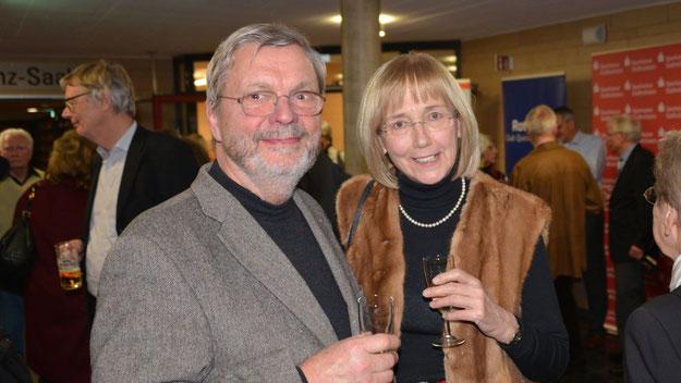 Zählten auch zu den Gästen: Bernd Harnack, Lions-Mitglied und Vorsitzender des Haus- und Grundeigentümer-Verbandes, mit seiner Frau