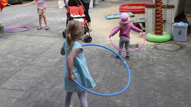 Viele Spielmöglichkeiten gab es für die Kleinen.