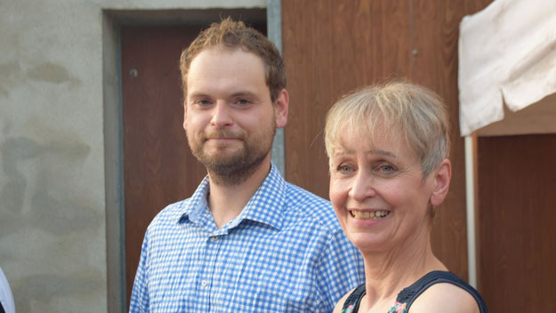 Gastgeber Hauke Meyn, hier mit seiner Mutter Anneliese, konnte mit der Resonanz überaus zufrieden sein