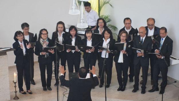 Mehrere Chöre aus verschiedenen Nationen sorgten für die musikalische Umrahmung des Gottesdienstes