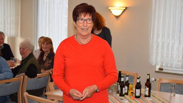 Die AWO-Vorsitzende Elke Schreiber begrüßte als Hausherrin die Gäste in der AWO-Begegnungsstätte und überbrachte als seine Stellvertreterin die Grüße des Kreisvorsitzenden Hölck.