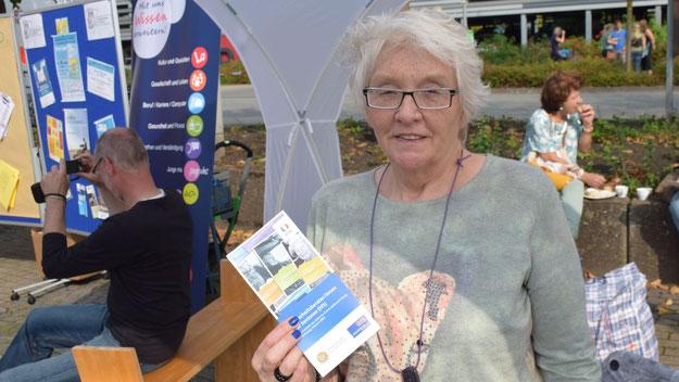 Hannelore Kröplin war zum ersten Mal auf dem Eulenmarkt und präsentierte Sicherheitstipps für Seniorinnen und Senioren.  Die Sicherheitsberaterin ist unter 04106/6557899 zu erreichen.