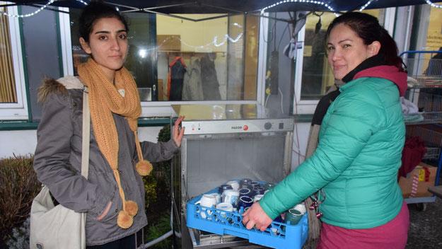 Mitarbeiterinnen des Diakonischen Werkes sorgten für saubere Becher und Gläser