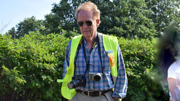 In ungewohnter Rolle: Schützenvereins-Chef und Lions-Mitglied Prof Meier-Siems war als offizieller Fotograf für den Lions-Club aktiv