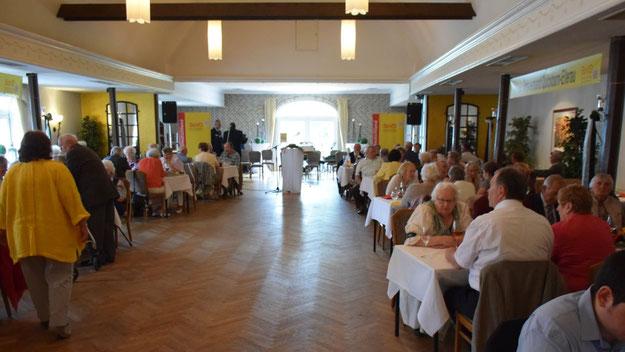 Voll besetzt war der Saal in Kramers Gasthof bei der Jubiläumsfeier.