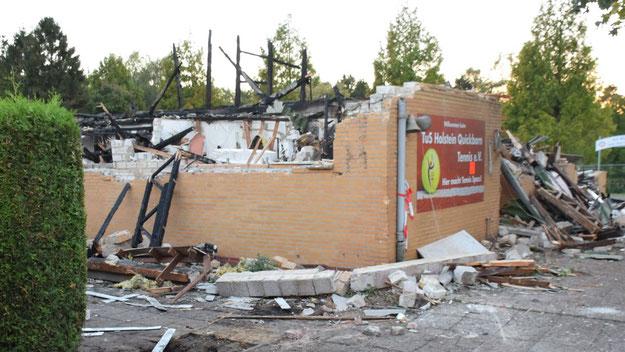 Auch das Vereinsheim ist vollständig abgebrannt