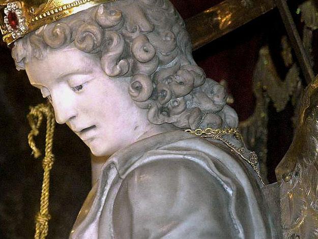 Statua di S. Michele del Gargano particolare