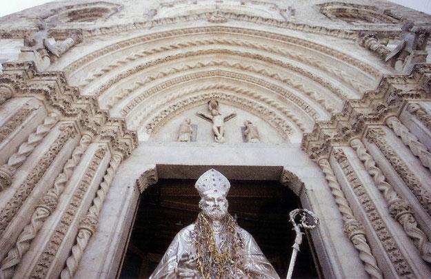 Busto S. Pardo lascia Cattedrale