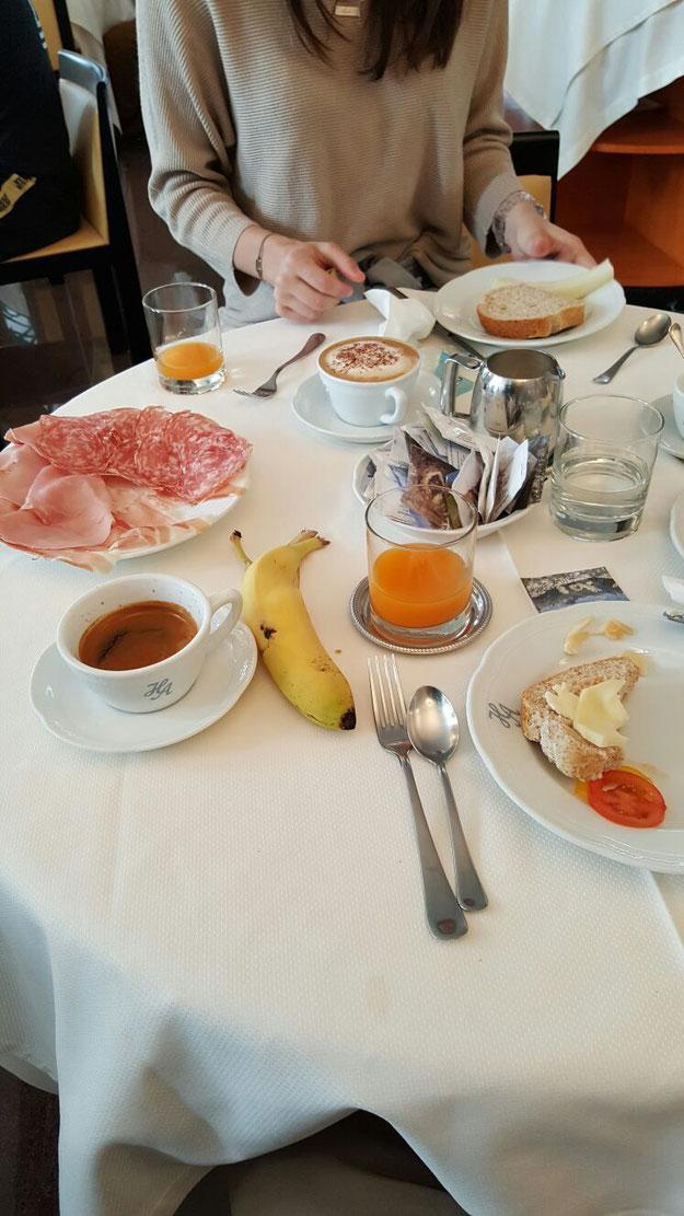 Frühstück im Hotel Antares in Grado