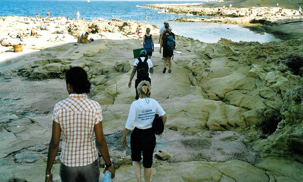 Das Frauenfussballteam beim Mannschaftsausflug in Malta 2004