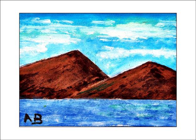 Meerlandschaft mit blauen Himmel, Schleierwolken und Berge.Blaues Meer mit Wellen im Vordergrund. Ölgemälde.