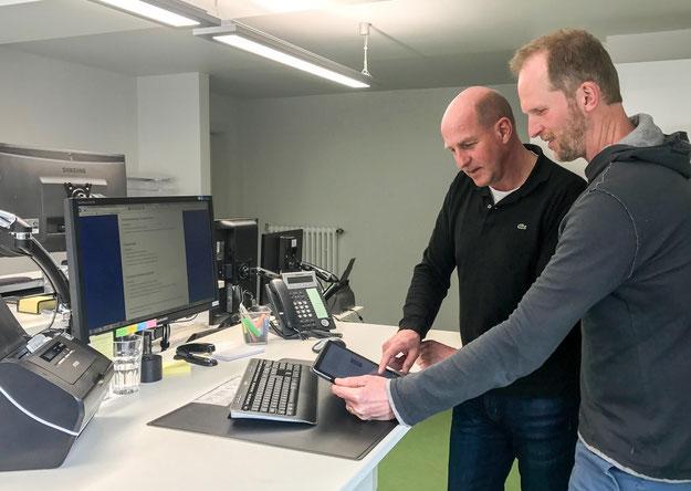 Energietechnischer Berater Bernd Meier beim Orthopädietechnikhersteller OT-Kiel
