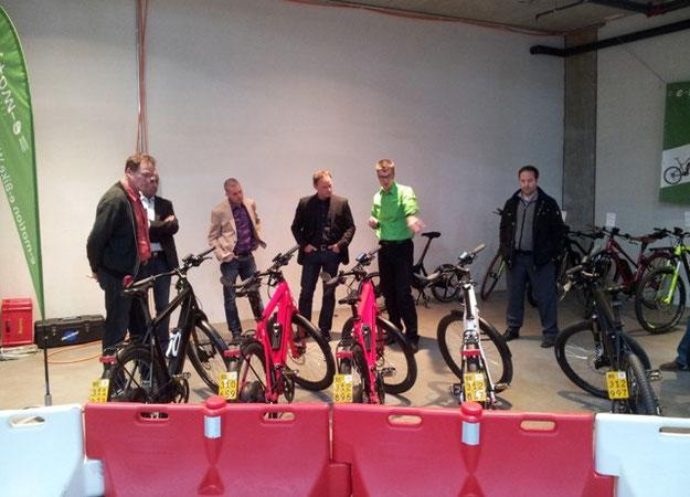e-Bikes von e-motion an die Umwelt Arena AG