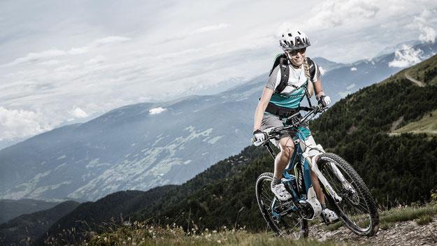 e-Mountainbikes für sportlich ambitionierte Fahrer
