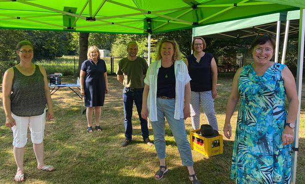 Gruppenbild mit der grünen Landtagsabgeordneten Eka von Kalben (ganz rechts)