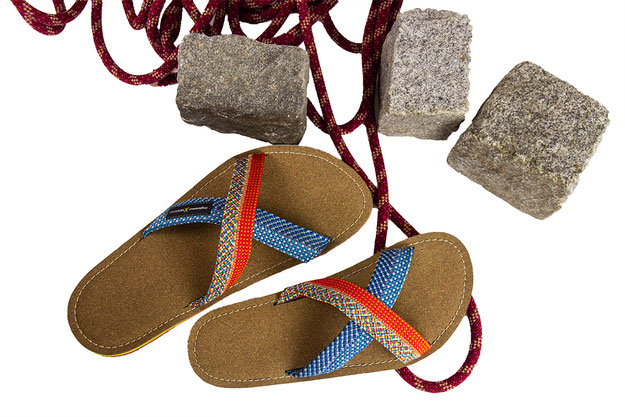 dogahmmer flip flops newseed kletterseilupcycling