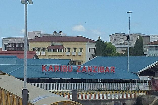 Arrivée au port de Zanzibar