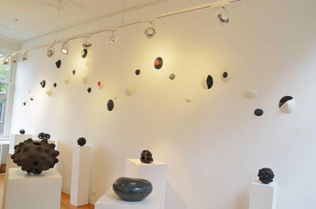 "Herfst expositie 2014 ""Kosmos"" met Liesbeth de Jonge, Nathalie Sonnet en (on the wall)Ruth van Ech-Rotholz"