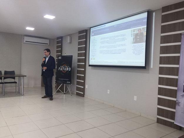Conferenza di Roberto Panzarani presso la CDL (Confederazione del Commercio) di Lages