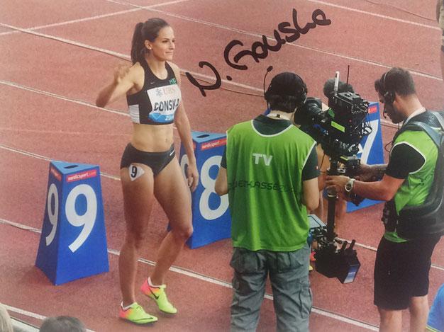 Nadine Gonska Autograph