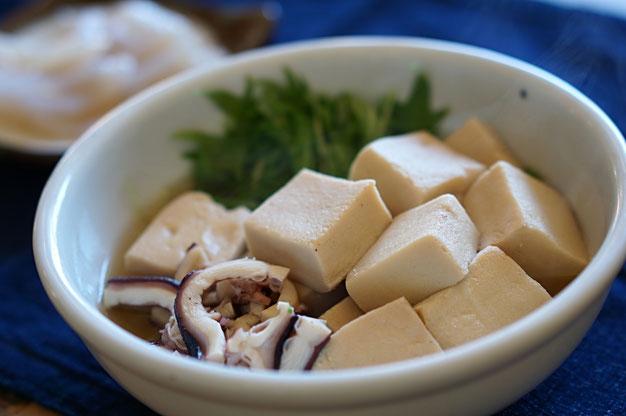 仲本律子 R工房 女性陶芸家 土鍋作品 ブログ 土鍋 高野豆腐の煮物 熱湯戻し