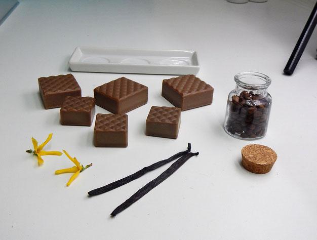 Bonsai-Seifen Dark Vanilla, Zutaten für Produktfoto