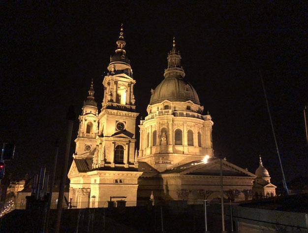 Basilica by night - Budapest
