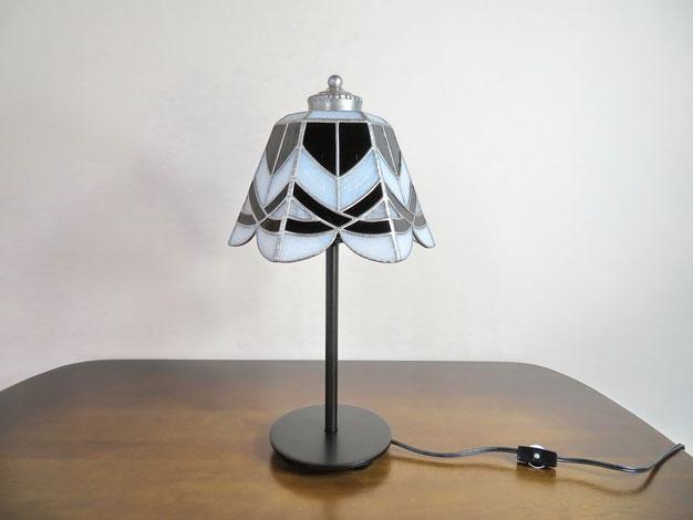 ステンドグラス照明作家Ayakoが作る、ステンドグラスペンダントライトのオーダー