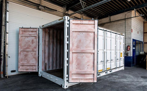 Переделка морских контейнеров под мобильные павильоны