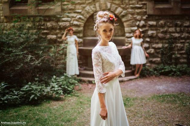 """zweiteilige Brautkleider: Spitzentop """"Luna"""" mit halblangem Ärmel"""